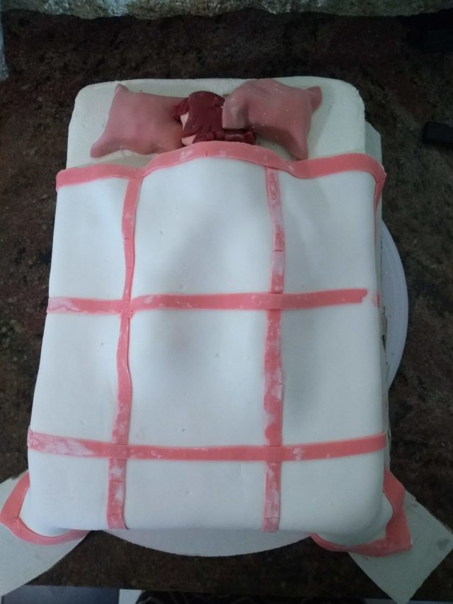 fondant cake quilt sleeping