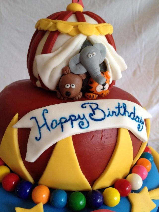 circus cake fondant animals