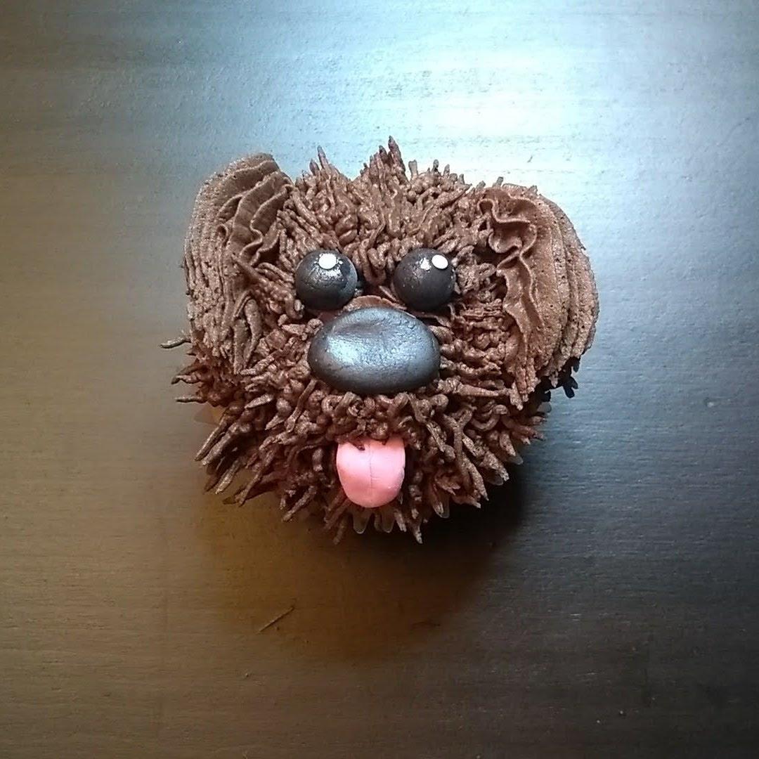 shaggy dog cupcake