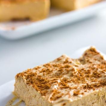 No Bake Pumpkin Keto Cheesecake Bars (Low Carb, Sugar Free, Gluten Free)