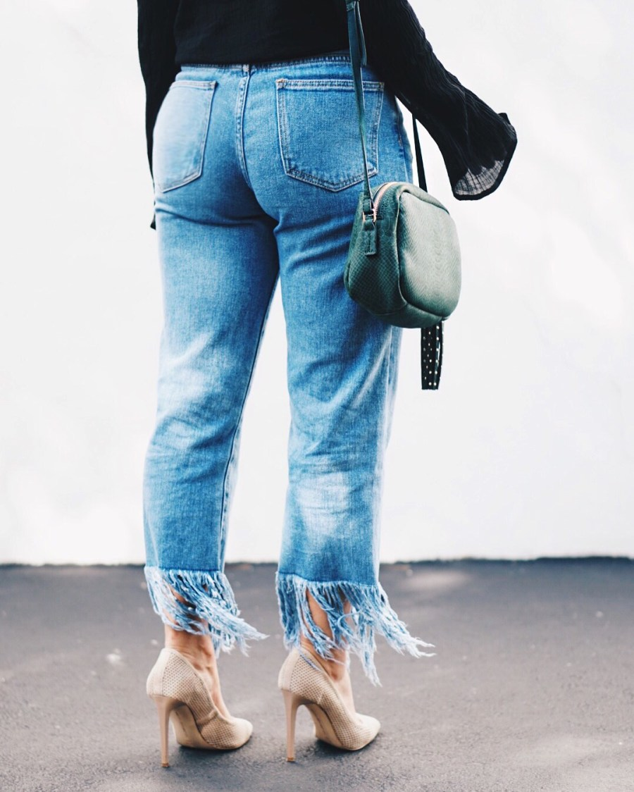 Here's How to Style Fringe Jeans Effortlessly
