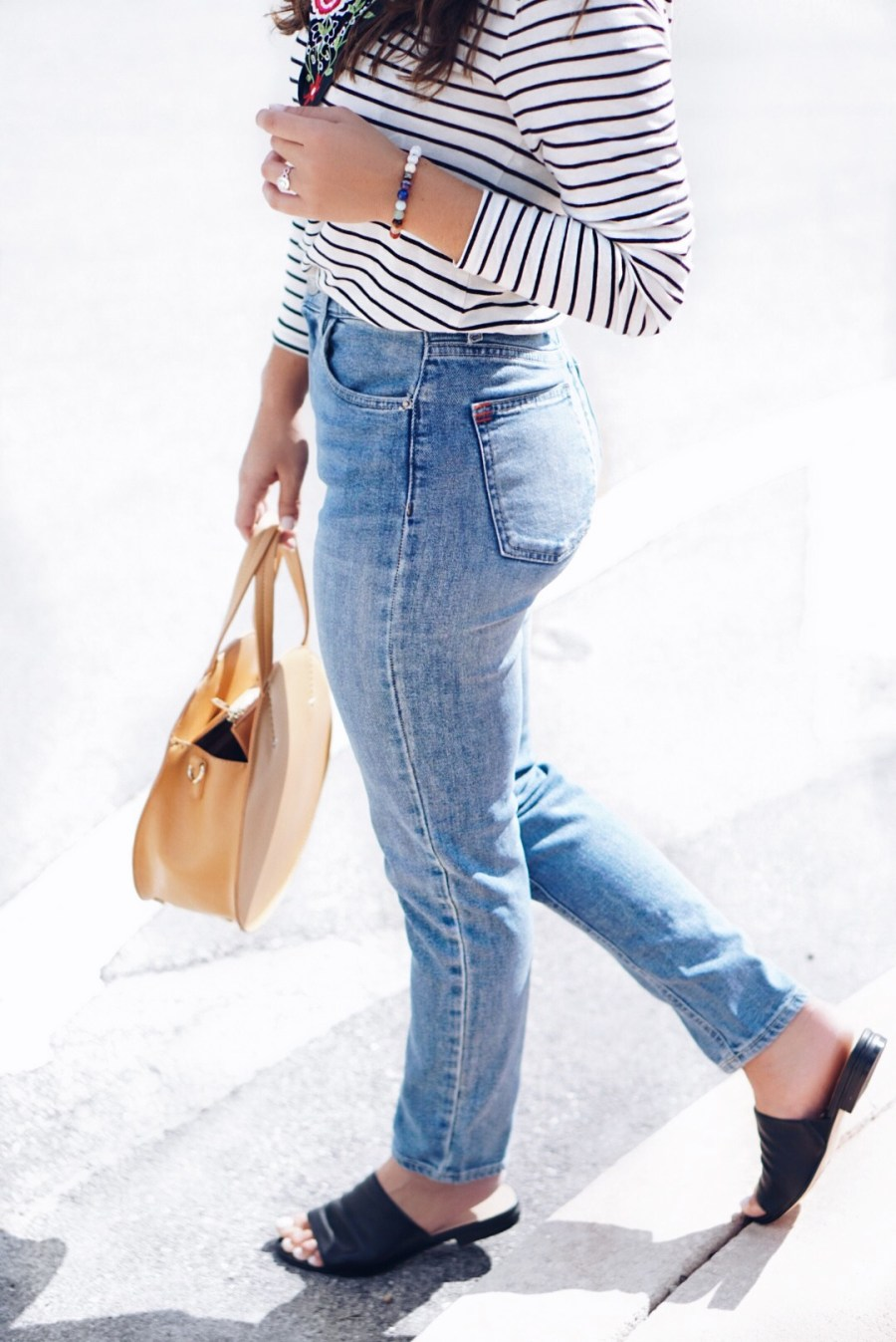 Petite Jeans Style Guide