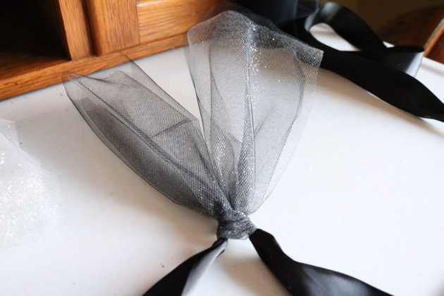 DIY Tutu Tutorial Supplies and How to Tie the Knot
