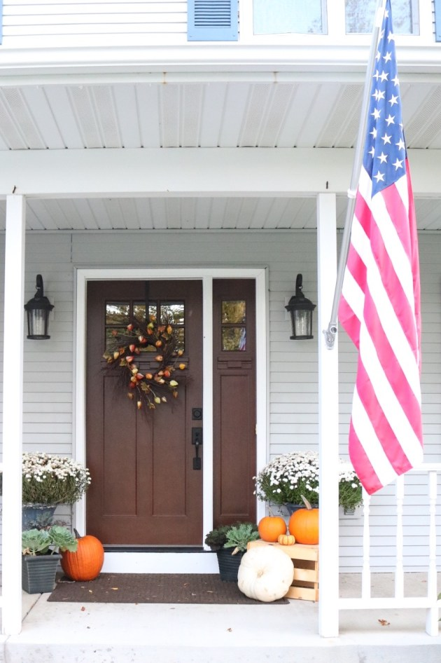 Fall Front Porch Inspiration | American Flag