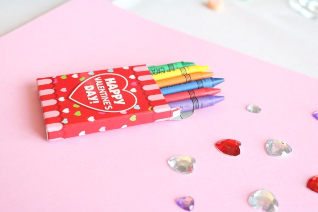 Valentine's Day Crayons, Paper, and Jewels for fun craft project
