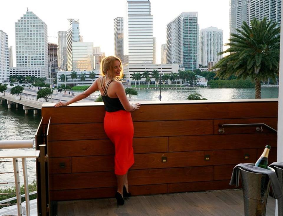 Very Rich Sugar Mummy In Dubai Wants To Spend Lavishly On You