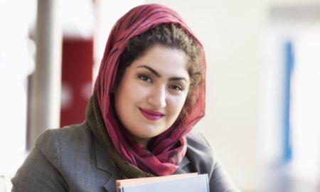 Turkish Woman Seeking Man For Dating – Apply Now