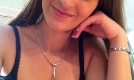 SANDRA is Online, Ready to Chat with you