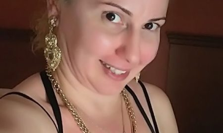 Rich Sugar Mommy In USA Looking For A Man To Love
