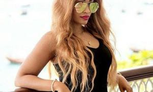 Rich Sugar Mummy In Dubai Is Online And Wants To Chat You
