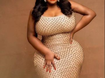 Rich California Sugar Mummy Has Agreed To Be Yours
