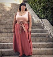 Sugar Mummy From Dubai Wants To Take any Serious Man Abroad – See WhatsApp Number