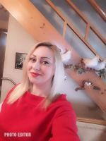This Rich Sugar Mummy In USA Waiting To Connect With You – Chat Her Now