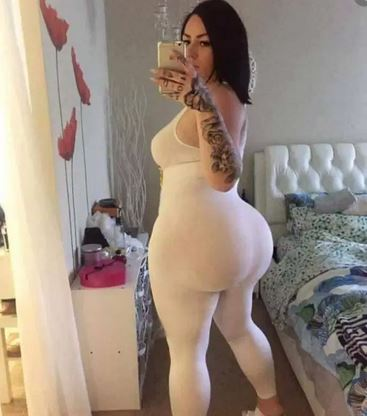 This Rich Sugar Mummy Wants To Be Your Online Partner