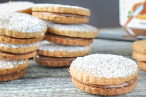 Hazelnut Shortbread Cookies with Nutella Filling