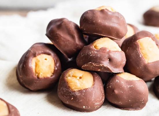 Buckeyes (Peanut Butter Chocolate Candy)