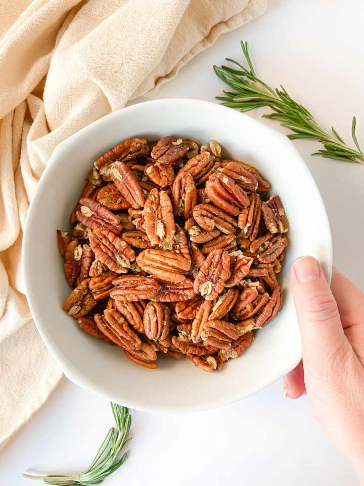 rosemary spiced pecans - edible DIY gift ideas