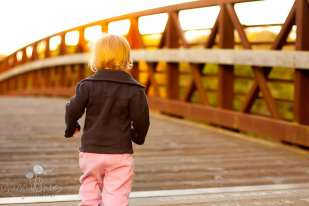 SugaShoc_Photography_Family_Photographer_Bucks County_Doylestown_PA_shoreline_park_baby_girl_on_bridge_sunset