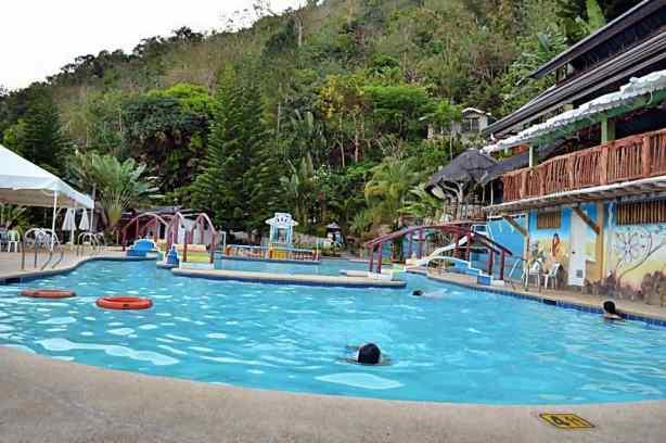 busay holiday pool cebu 3