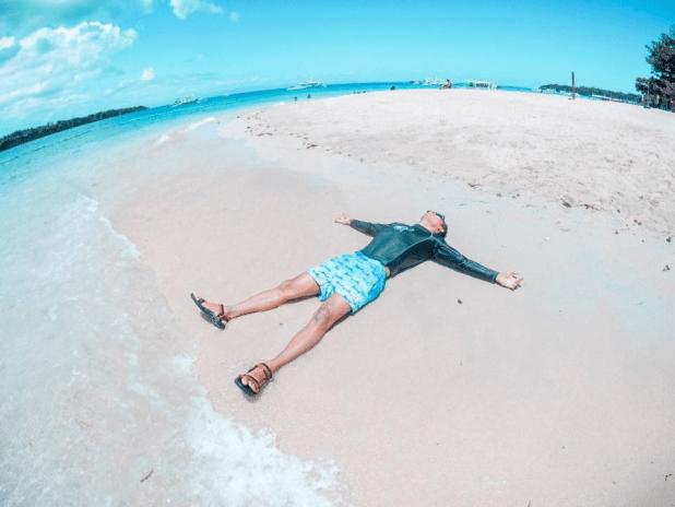 Tulang Diot Island White Beach Camotes (4)