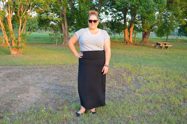 plus size casual outfit with stripes 002