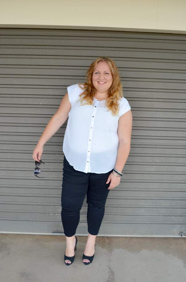 plus size aussie curves black and white outfit 005