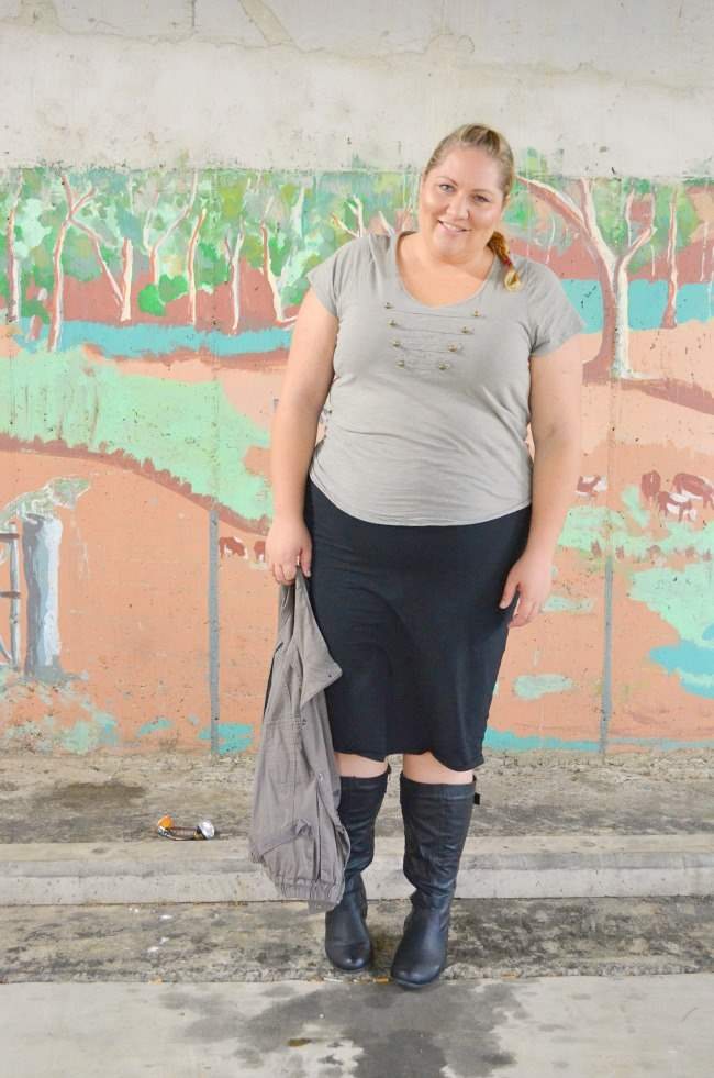 plus size military outfit with boots 006