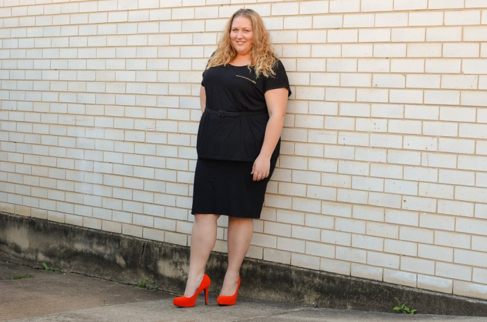 plus size monochrome outfit with heels-2