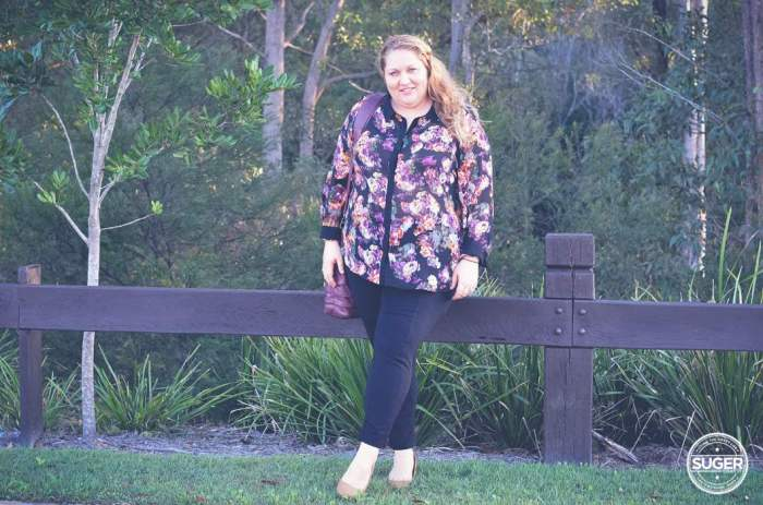 floral shirt and pants outfit plus size fashion-3