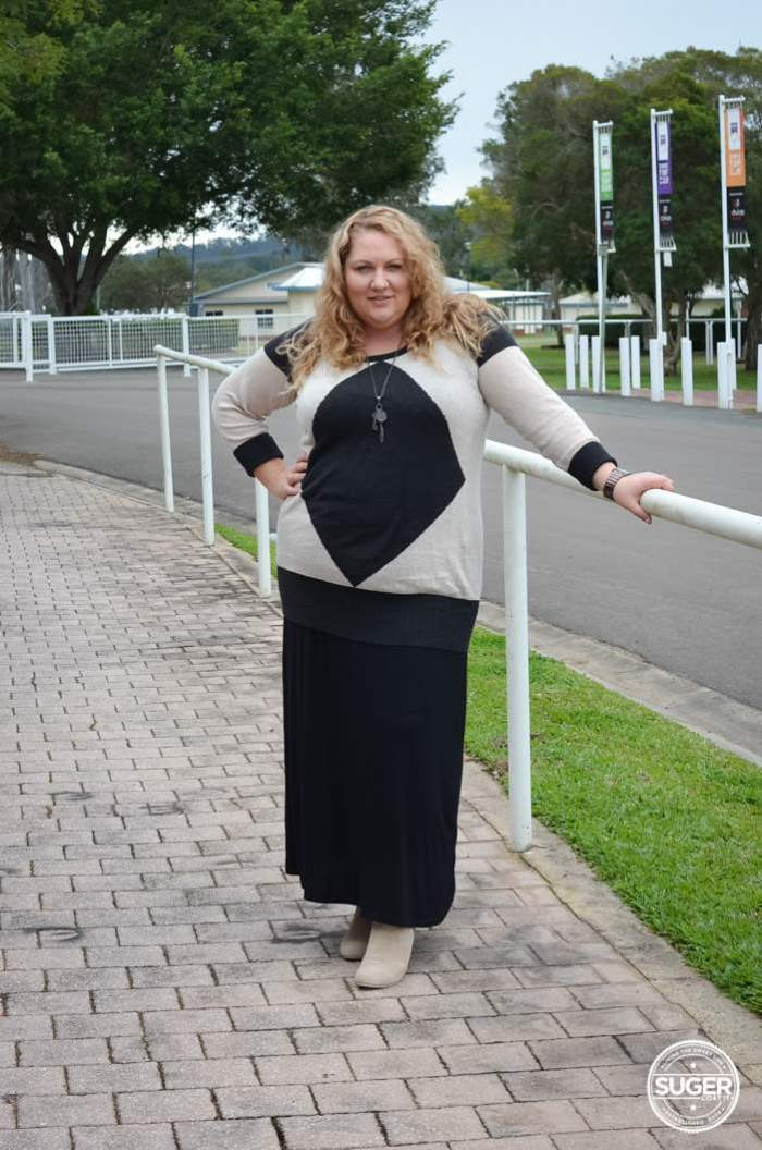 plus size winter maxi skirt and knit outfit-1