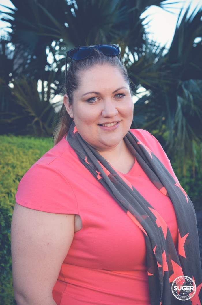 a plus size weekend outfit jeans and scarf-3