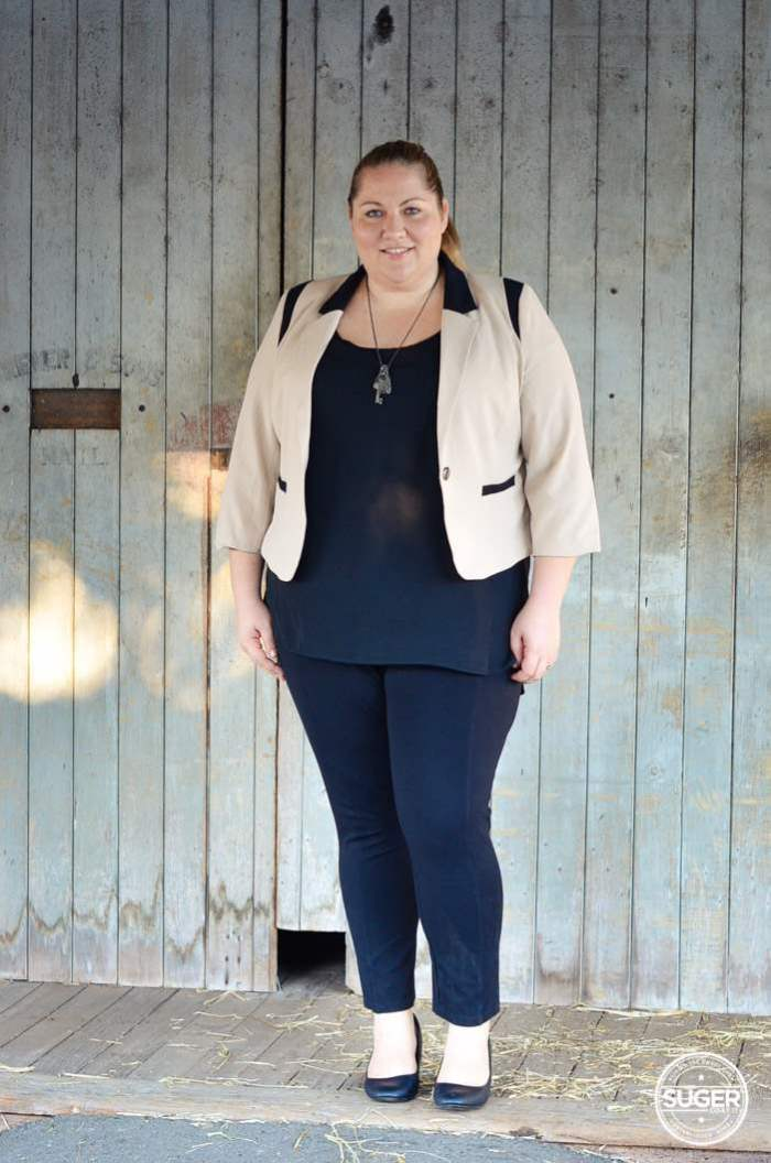 plus size work style outfit with blazer-1
