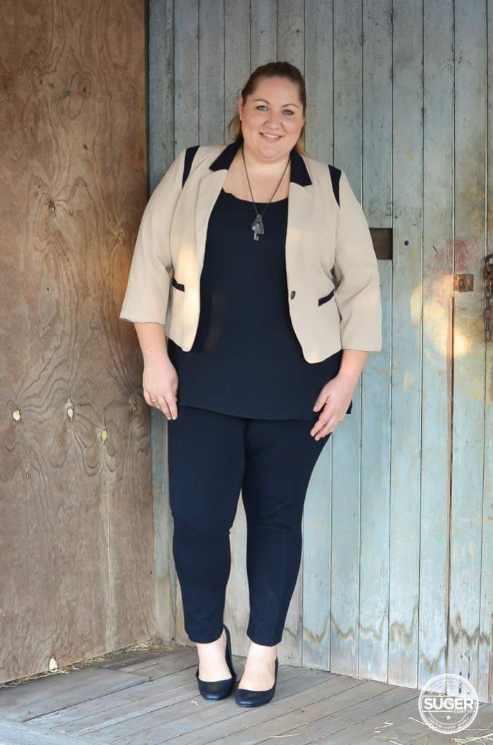 plus size work style outfit with blazer-7