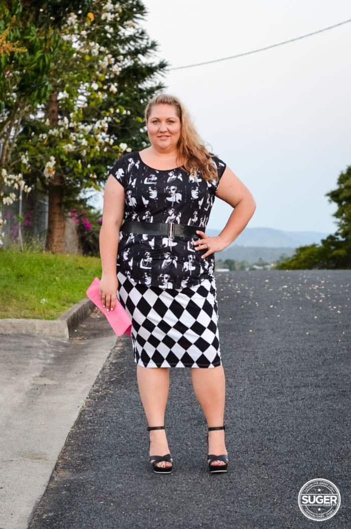 plus size monochrome pattern clash outfit-1