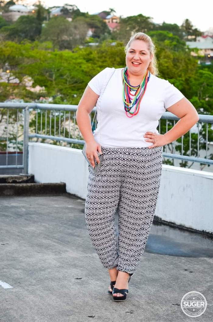 plus size printed pants outfit monochrome-2