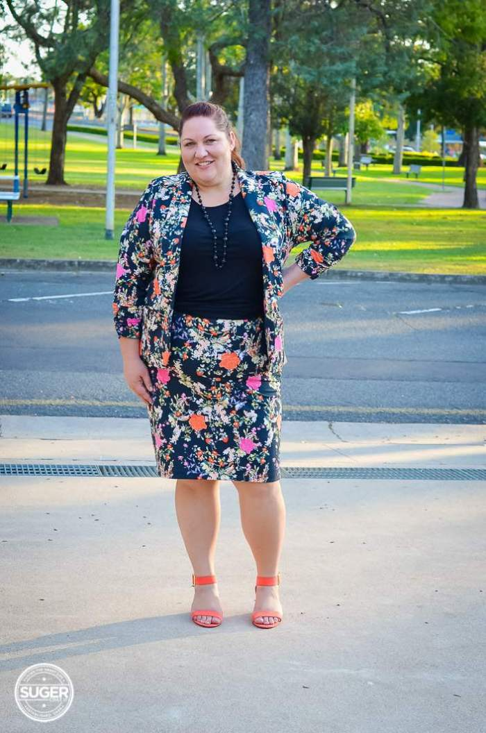 plus size winter floral suit for work-4