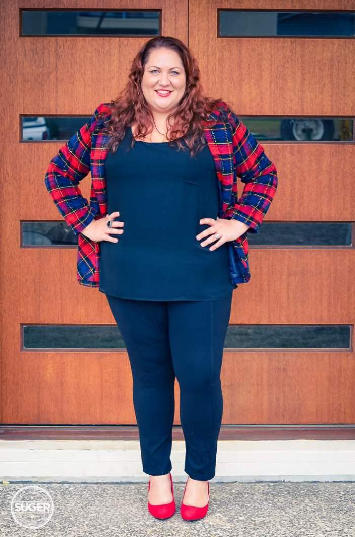 plus size plaid jacket outfit with red heels-4