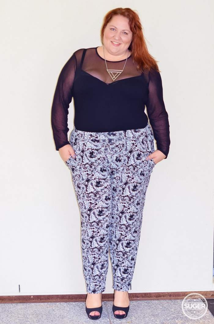 plus size monochrome outfit with bodysuit-6