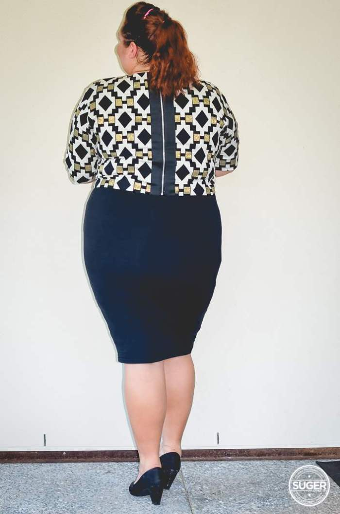 plus size work outfit geo print-6