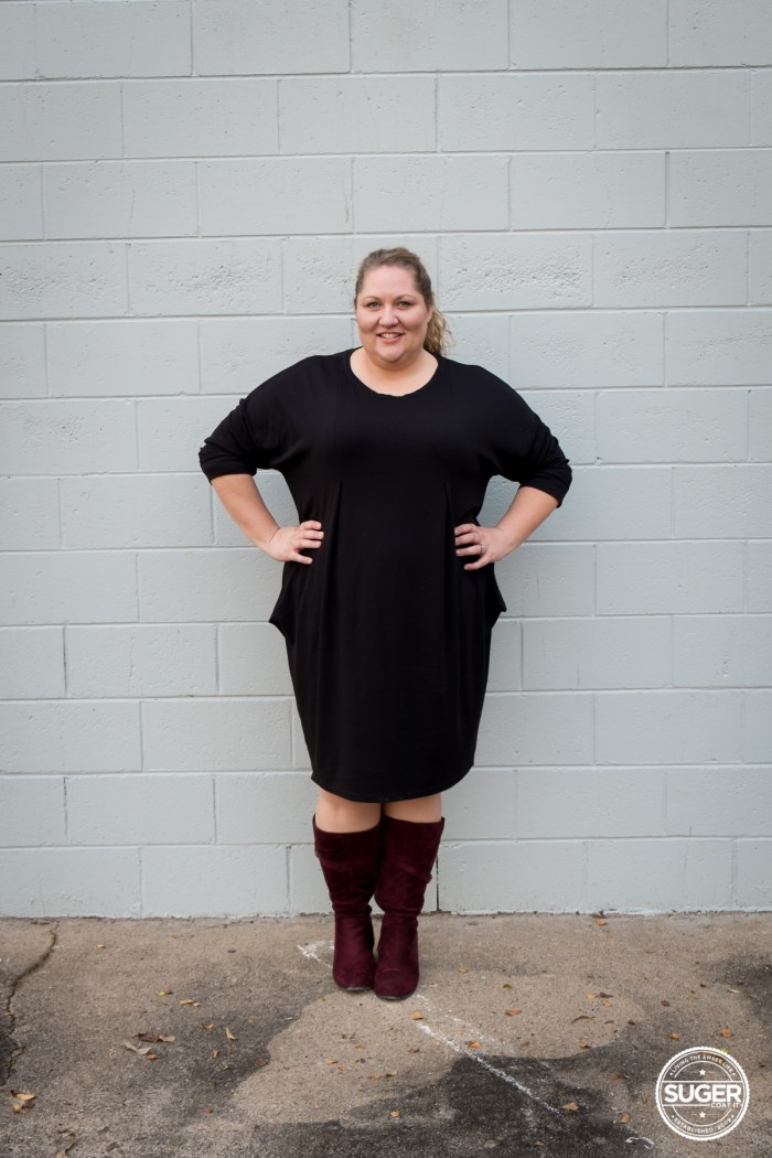plus size fashion blogger slouchy black dress boots-5
