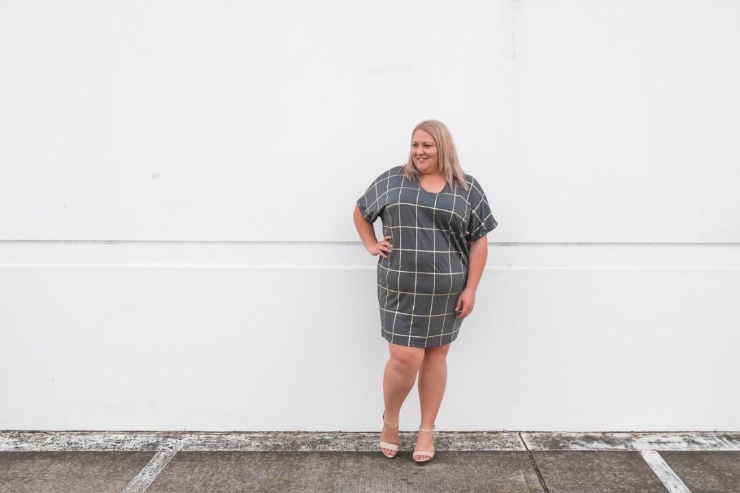 17-sundays-grid-print-dress-plus-size-blogger-1-1