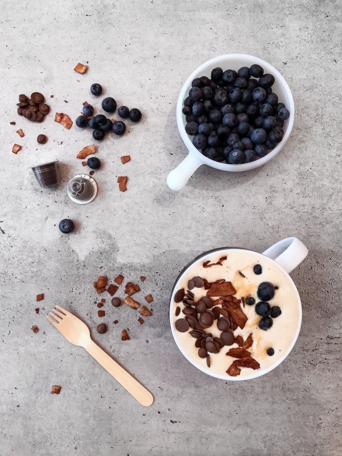 Coffee and Blueberry Smoothie Bowl