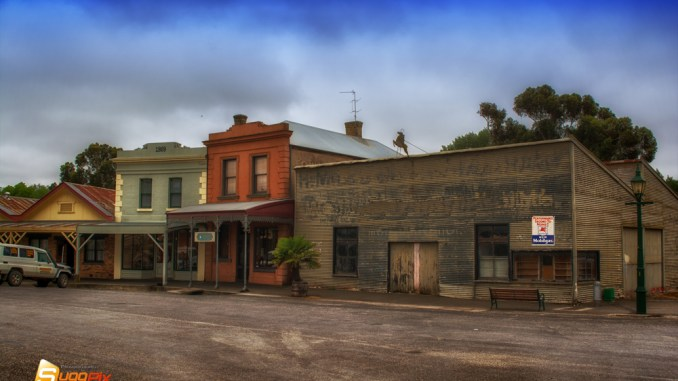 Clunes Main St