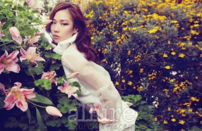 Kim Won Kyung Floral Allure Magazine April 2013 (3)