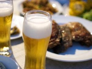 生ビールと缶ビール