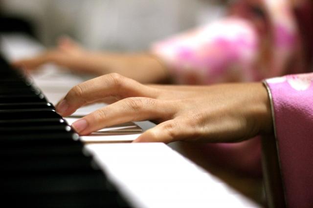 ソフトバンク解約とピアノ演奏