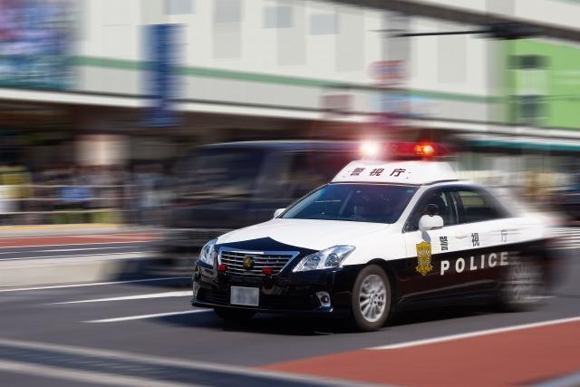 スピード違反と警察官