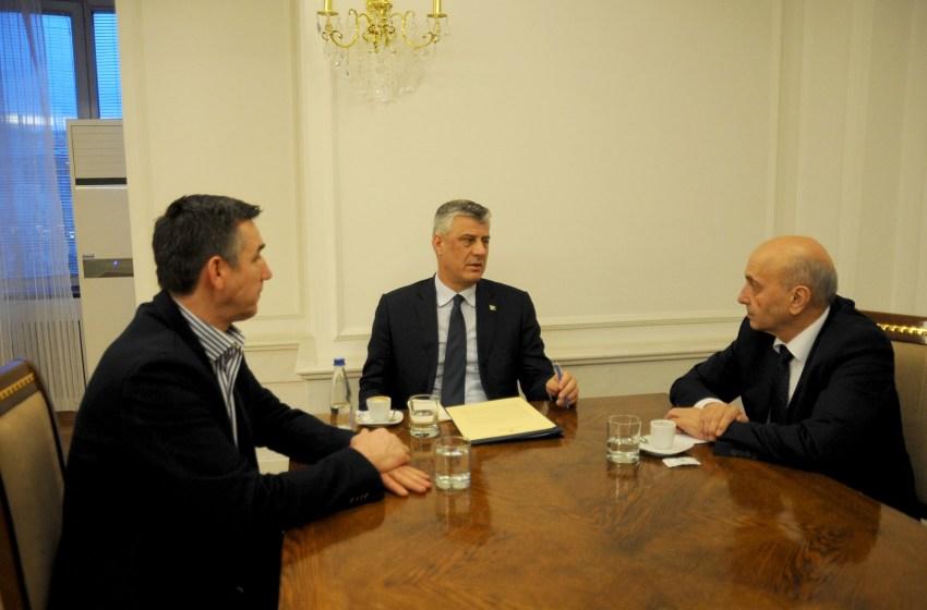 """""""Plani B"""" i LDK-së që po diskutohet nëse AAK largohet nga koalicioni: PDK-së i jepet presidenti dhe këto ministri kyçe"""