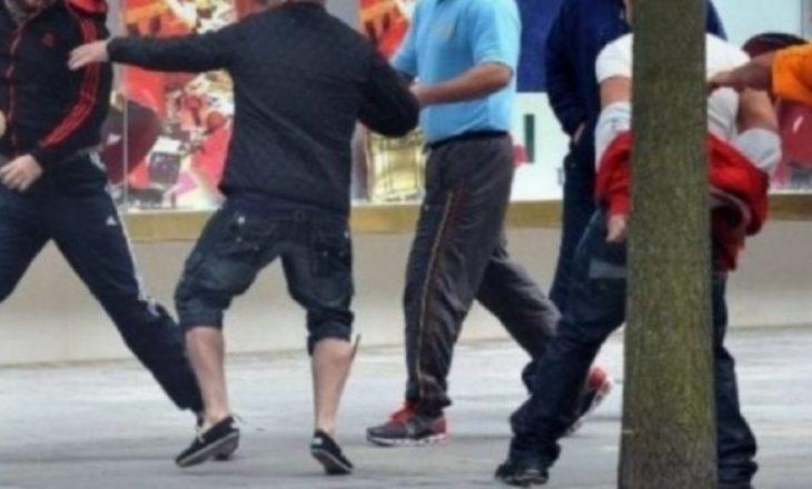 Suharekë: Dy nxënës sulmojnë fizikisht njëri-tjetrin