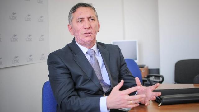 """Anton Quni i thotë """"JO"""" Vjosa Osmanit: Përjetësisht në LDK"""